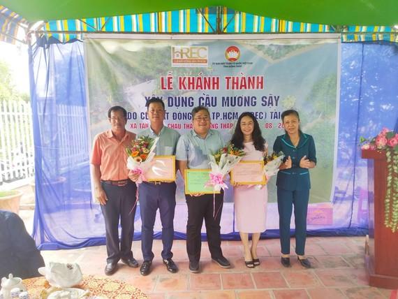CLB Bất động sản TPHCM tặng công trình cầu cho người dân Đồng Tháp