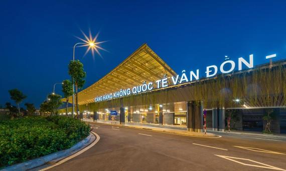 Cảng HKQT Vân Đồn giành 2 giải thưởng quốc tế WTA