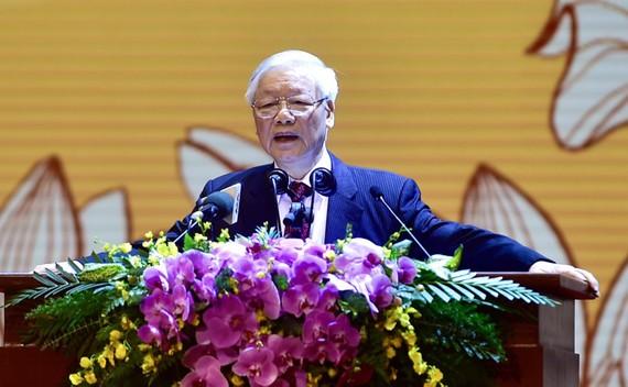 Tổng Bí thư, Chủ tịch nước Nguyễn Phú Trọng đọc diễn văn tại lễ kỷ niệm 90 năm  Ngày thành lập Mặt trận Dân tộc thống nhất Việt Nam - Ngày truyền thống MTTQ Việt Nam.  Ảnh: QUANG PHÚC