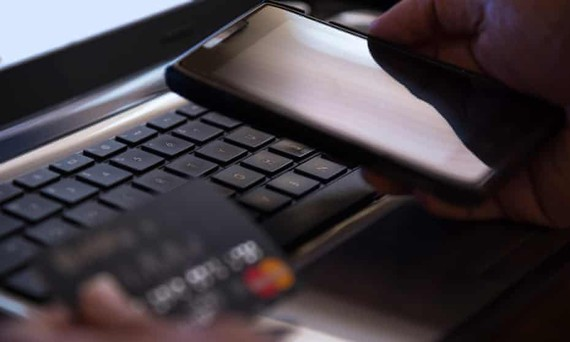 Nhiều người Mỹ bị lừa tiết lộ các thông tin tài chính nhạy cảm