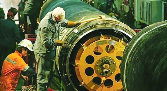 Thi công đường ống khí đốt thuộc dự án Nord Stream 2