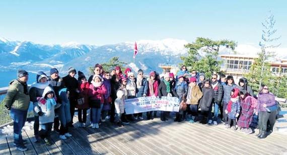 Canada là một trong những tour giá trị để cải thiện visa Mỹ