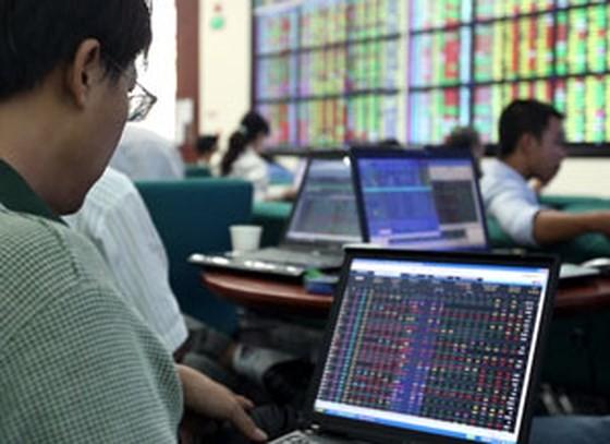 VN-Index giảm gần 9 điểm phiên cuối tuần