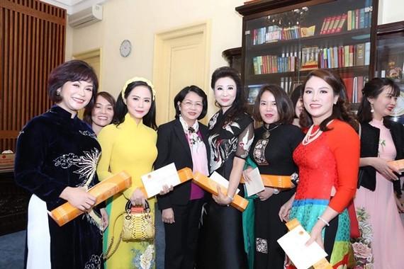 Doanh nhân nữ thời 4.0