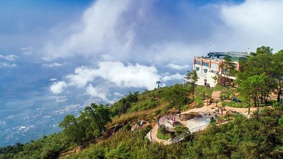 Xây dựng trái phép ở khu di tích núi Bà Đen, Tây Ninh