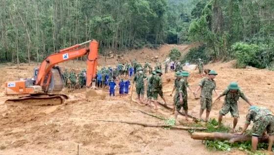 Đã tìm thấy thi thể 13 thành viên gặp nạn trên đường đi ứng cứu thủy điện Rào Trăng