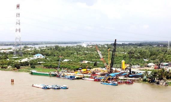Dự án xây dựng cầu Mỹ Thuận 2 bắc qua sông Tiền, nối 2 tỉnh Tiền Giang và Vĩnh Long được khởi công tháng 3/2020, dự kiến hoàn thành vào năm 2023.