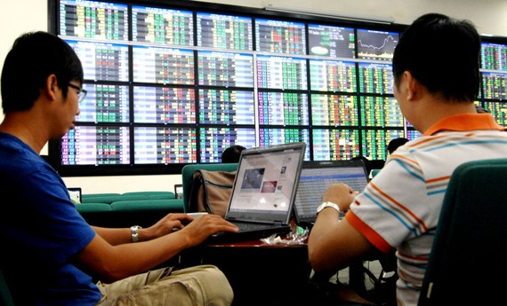 Nhà đầu tư cá nhân - một trong những yếu tố tạo tăng trưởng TTCK.