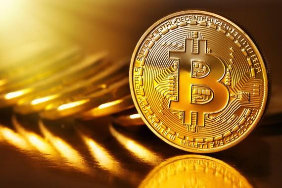 Bitcoin lại lao dốc, xuống ngưỡng 37.000 USD. Nguồn: golegal