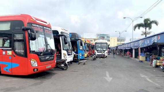 Xe khách giường nằm tại Bến xe Miền Đông, quận Bình Thạnh