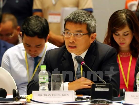 Đại diện Nhóm công tác Nông nghiệp đề xuất kiến nghị tại VPSF 2017, ngày 31/7. (Ảnh: Vietnam+)