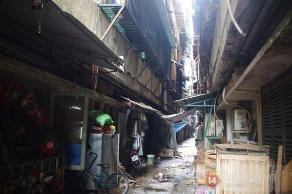 1 lô chung cư sắp sập tại Thanh Đa đã phá dỡ xong