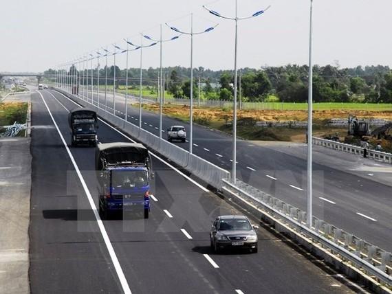 Đề xuất 6.700 tỷ đồng xây cao tốc Mỹ Thuận-Cần Thơ
