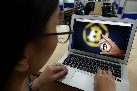 Nhiều nhà đầu tư lỗ từ hoạt động mua bán coin