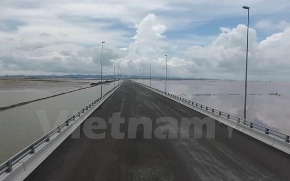 Dự án đường ôtô Tân Vũ-Lạch Huyện được thông xe vào 2/9 tới. (Ảnh: Việt Hùng/Vietnam+)