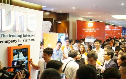 Nhiều hãng công nghệ lớn tham dự Diễn đàn ICT Vietnam Summit 2017
