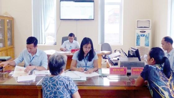UBND phường Quang Hanh (TP Cẩm Phả, tỉnh Quảng Ninh) thực hiện tinh gọn biên chế, tăng hiệu quả giải quyết các thủ tục hành chính trên địa bàn