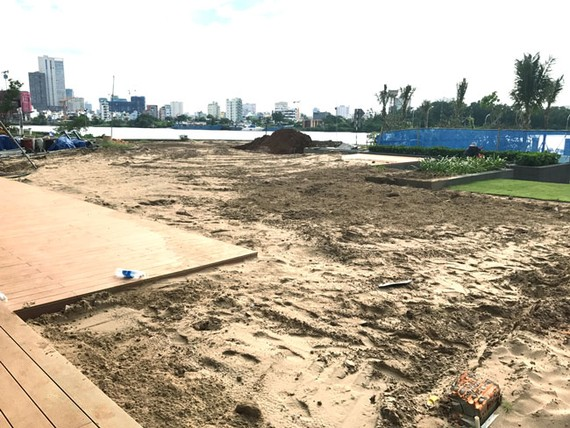 Hoàn tất tháo dỡ công trình vi phạm tại Thảo Điền Sapphire.