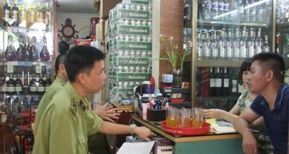 Bộ Công thương kiên trì đòi dán tem bia