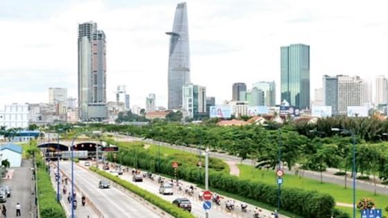 Hạ tầng giao thông TPHCM phát triển góp phần xây dựng thành phố có chất lượng sống tốt . Ảnh: VIỆT DŨNG