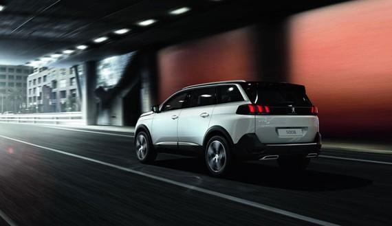 Tháng 12, Peugeot 5008 - SUV 7 chỗ thế hệ mới về thị trường Việt