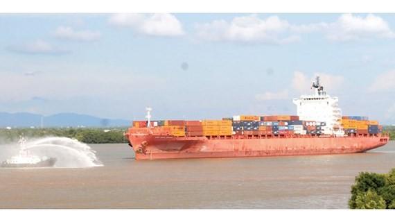 Thúc đẩy kinh tế tư nhân phát triển vận tải đường thủy