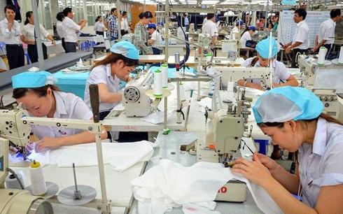 Một số vấn đề của ngành dệt may trong quá trình giải quyết còn kéo dài hoặc tháo gỡ chưa triệt để.