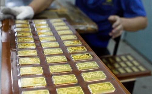 Giá vàng SJC hồi phục cùng giá vàng thế giới