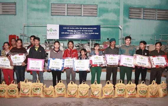 Novaland cứu trợ người dân vùng lũ Miền Trung