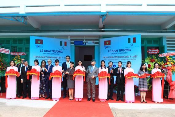 Khánh thành trung tâm công nghệ dệt Ý – Việt
