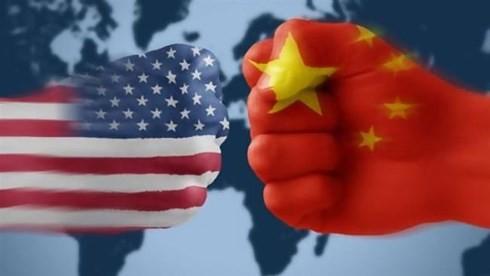 Cố vấn kinh tế hàng đầu của Tổng thống Mỹ Donald Trump, ông Larry Kudlow cho biết, Mỹ có thể thành lập một liên minh quốc tế để đối phó với những vấn đề thương mại của Trung Quốc. Ảnh: PressTV