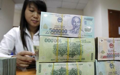 Chính phủ cũng yêu cầu Ngân hàng Nhà nước kiểm soát chặt chẽ tín dụng đối với các lĩnh vực tiềm ẩn rủi ro như: bất động sản, chứng khoán. (ảnh minh họa: Reuters)