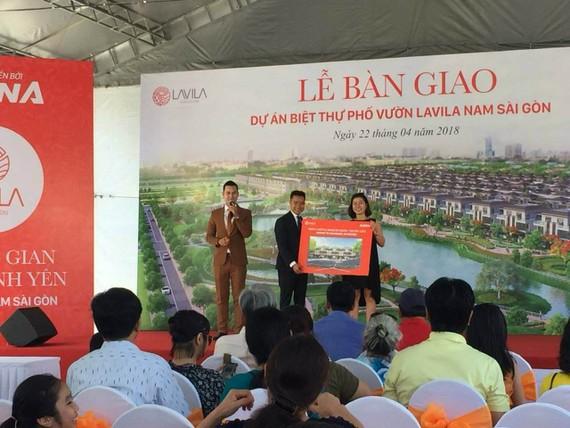 Kiến Á bàn giao 100 căn biệt thự dự án Lavila Nam Sài Gòn