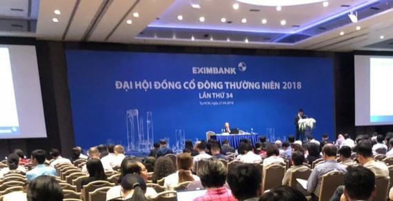 ĐHCĐ Eximbank 2018: Nóng chất vấn vụ mất tiền và bất ngờ nhân sự HĐQT