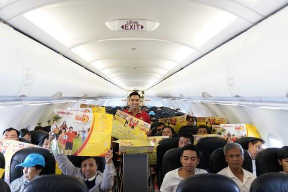 Hành khách hào hứng với lịch thi đấu World Cup 2018 của Vietjet