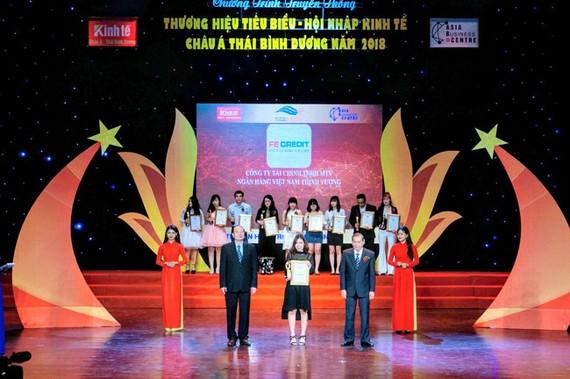 FE CREDIT top 10 thương hiệu tiêu biểu hội nhập châu Á-Thái Bình Dương