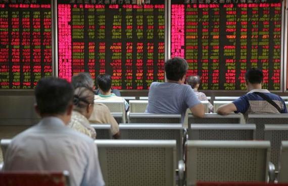 Chỉ số Shanghai Composite đã giảm hơn 16% trong năm nay. Mỹ. ẢNH: EPA-EFE
