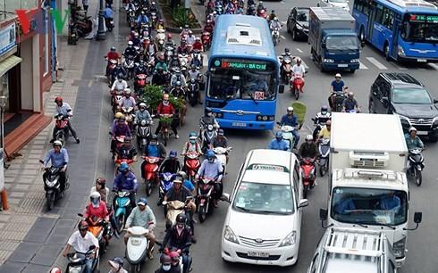 TP HCM mở đường riêng cho xe buýt, liệu khả thi?