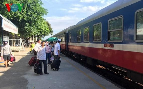 Đường sắt Sài Gòn chạy thêm 30 chuyến tàu đi miền Trung dịp lễ 2-9