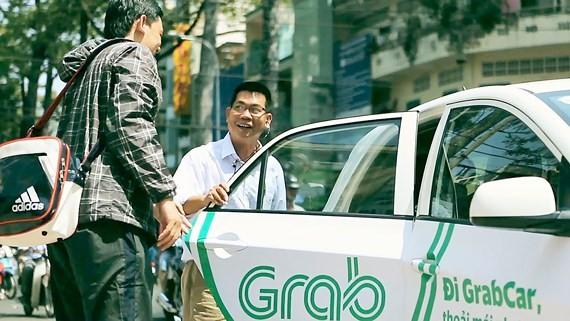 Cần coi xe hợp đồng điện tử là taxi điện tử