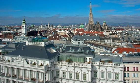 Vienna là thành phố đáng sống nhất thế giới với những đặc trưng độc nhất vô nhị như văn hóa cà phê hay chốn thăng hoa của những tâm hồn nghệ. Ảnh: Imagno/Getty Images