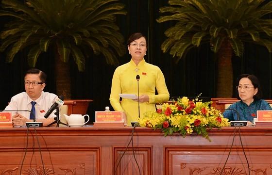 Chủ tịch HĐND TPHCM Nguyễn Thị Quyết Tâm phát biểu tại phiên chất vấn. Ảnh: VIỆT DŨNG