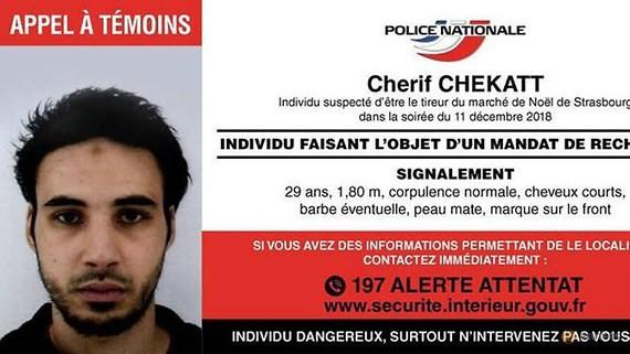 Cherif Chekatt trong thông báo truy nã của cảnh sát Pháp trên Twitter
