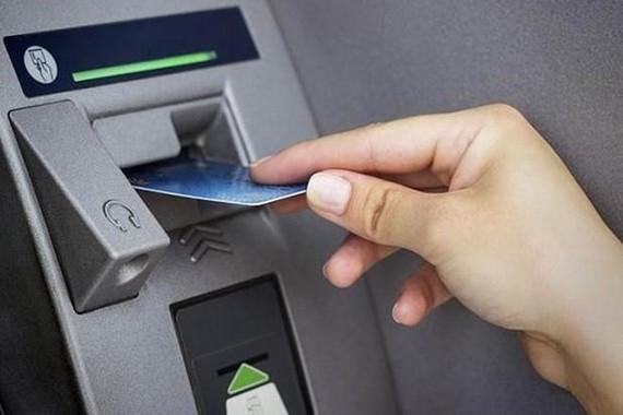 Thanh toán không dùng tiền mặt: Cần đa dạng hóa dịch vụ sản phẩm
