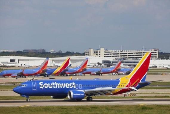 Máy bay Boeing 737 MAX lại gặp sự cố, phải hạ cánh khẩn cấp ở Mỹ