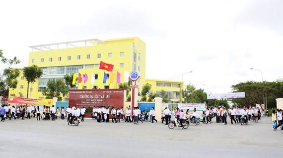 Đại học Trà Vinh, nơi đang quan tâm đào tạo ngành chăn nuôi thú y