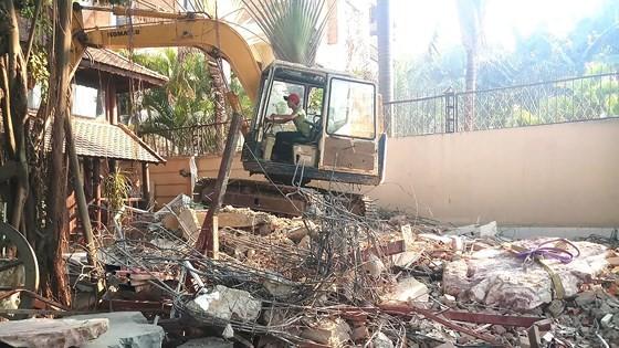 Công ty Bảo Tiến đã tự tháo dỡ 2 công trình nằm trong hành lang bảo vệ sông Sài Gòn