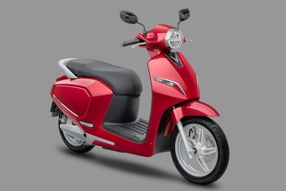 Vinfast tặng 100 tỷ đồng cho 15.000 khách hàng mua xe máy điện Klara