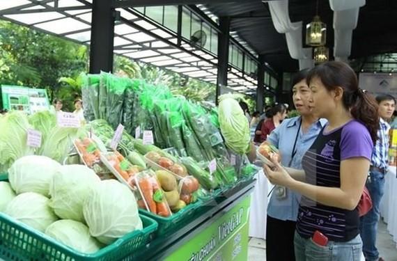 Hà Nội liên kết  các địa phương đưa nông sản sạch vào chuỗi bán lẻ