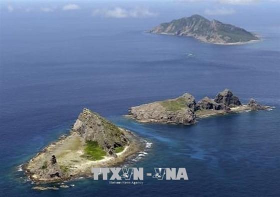 Quần đảo tranh chấp mà Tokyo gọi là Senkaku, trong khi phía Bắc Kinh gọi là Điếu Ngư, trên Biển Hoa Đông. Ảnh: Kyodo/TTXVN
